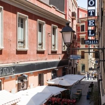 Esterni_via_Sardegna_con_insegna.jpg